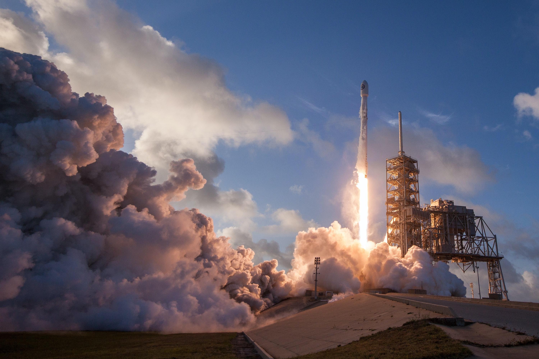 馬斯克SpaceX載人上太空 張一鳴Tiktok跳動全世界